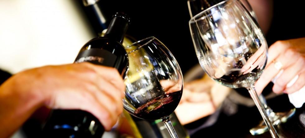 cropped-wine-tasting